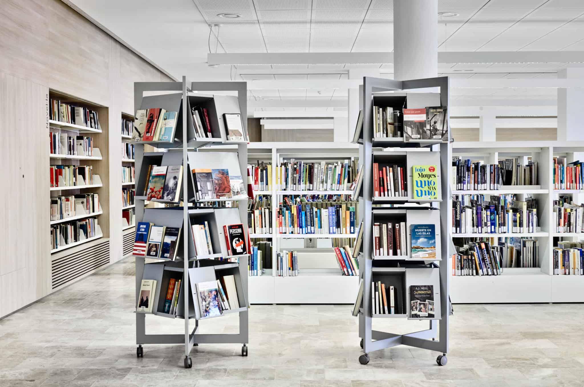METALUNDIA GARCIA LORCA présentoir pour livres