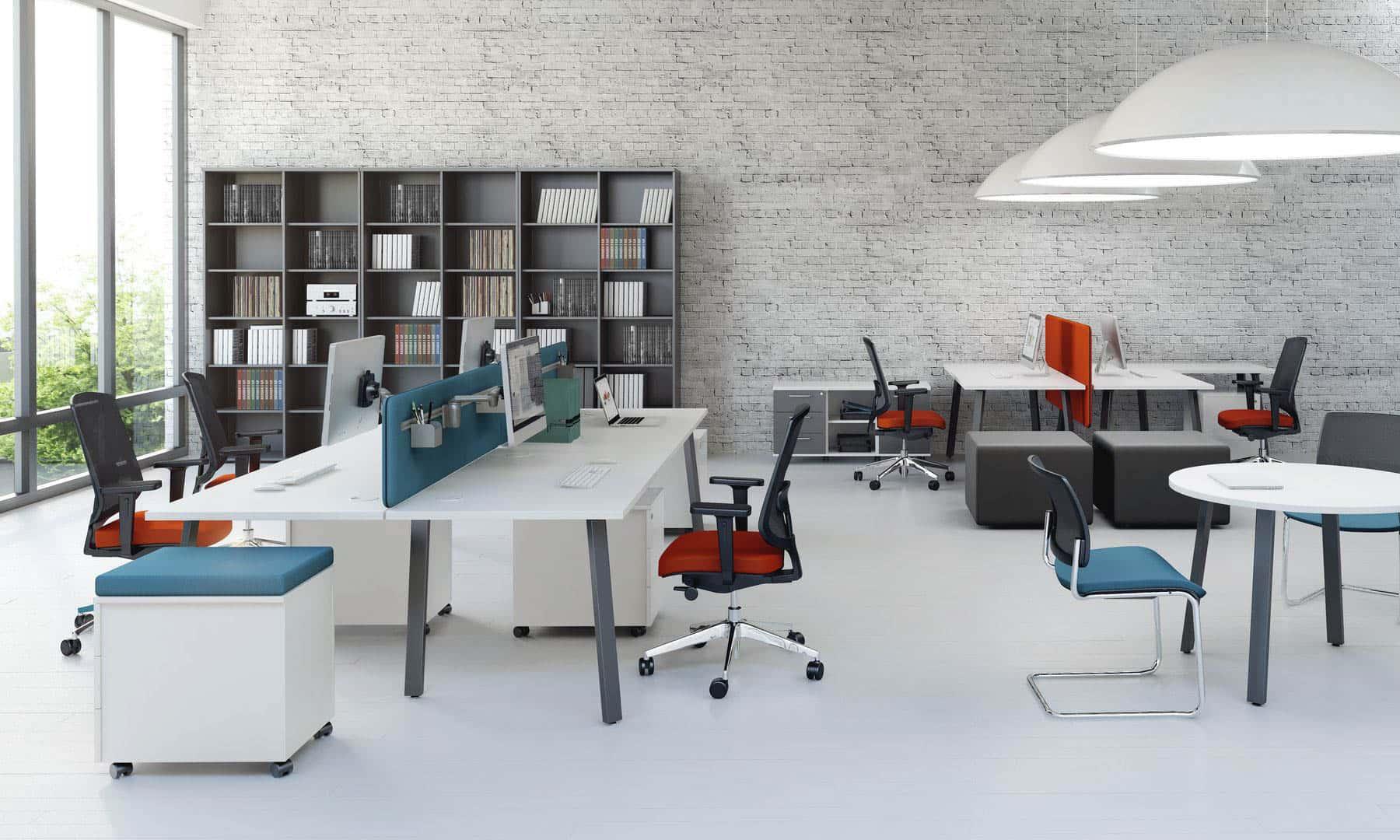MDD OGI A ensemble de bureau bench avec support cloison