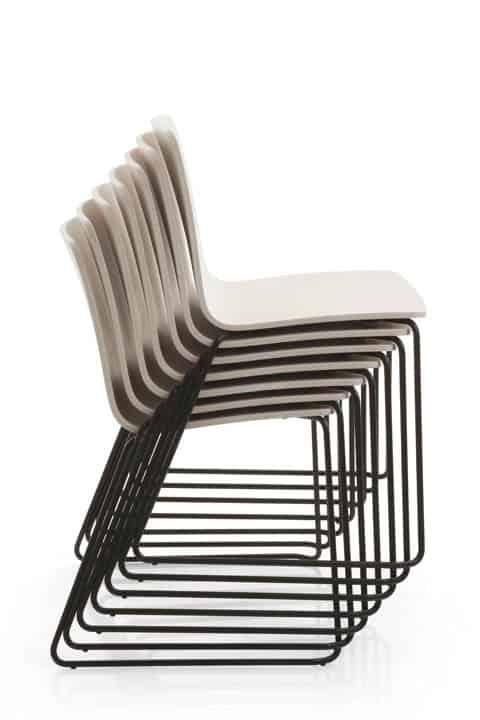EMMEGI YO chaise bois empilable