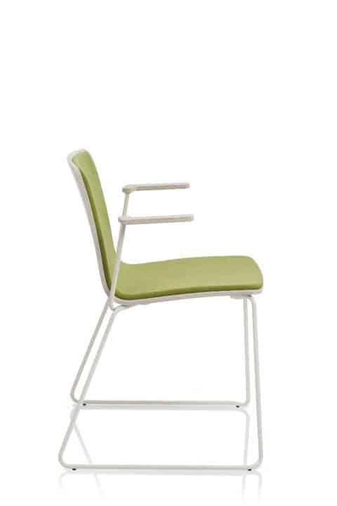 EMMEGI YO chaise bois avec accoudoirs