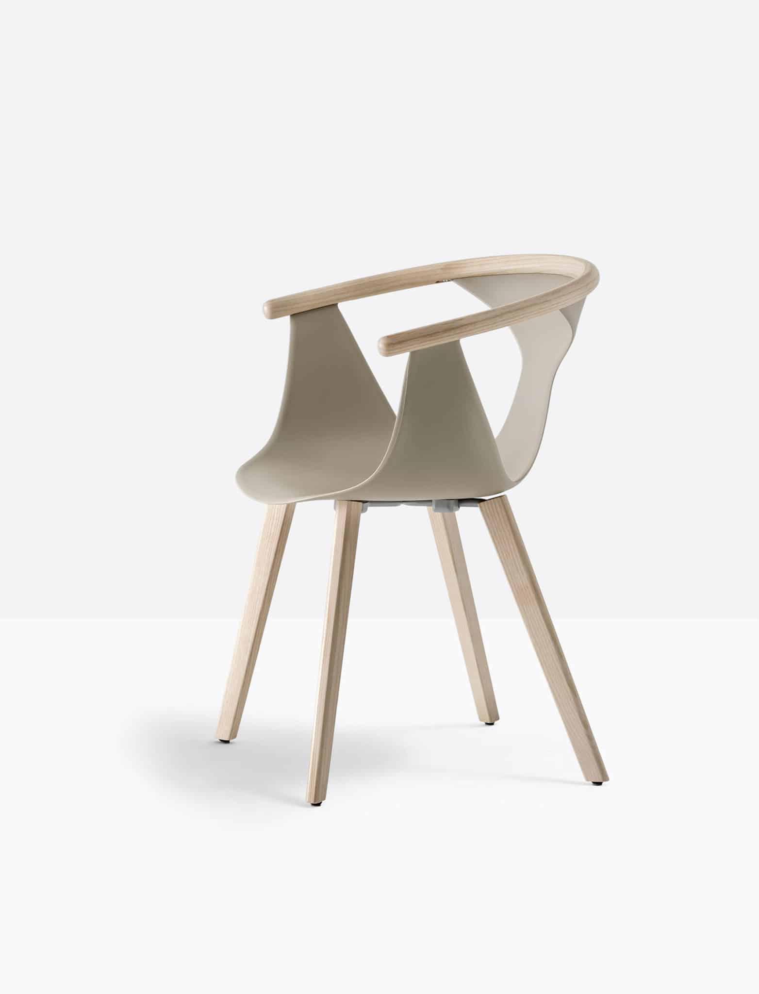 PEDRALI FOX 3725 fauteuil piètement bois