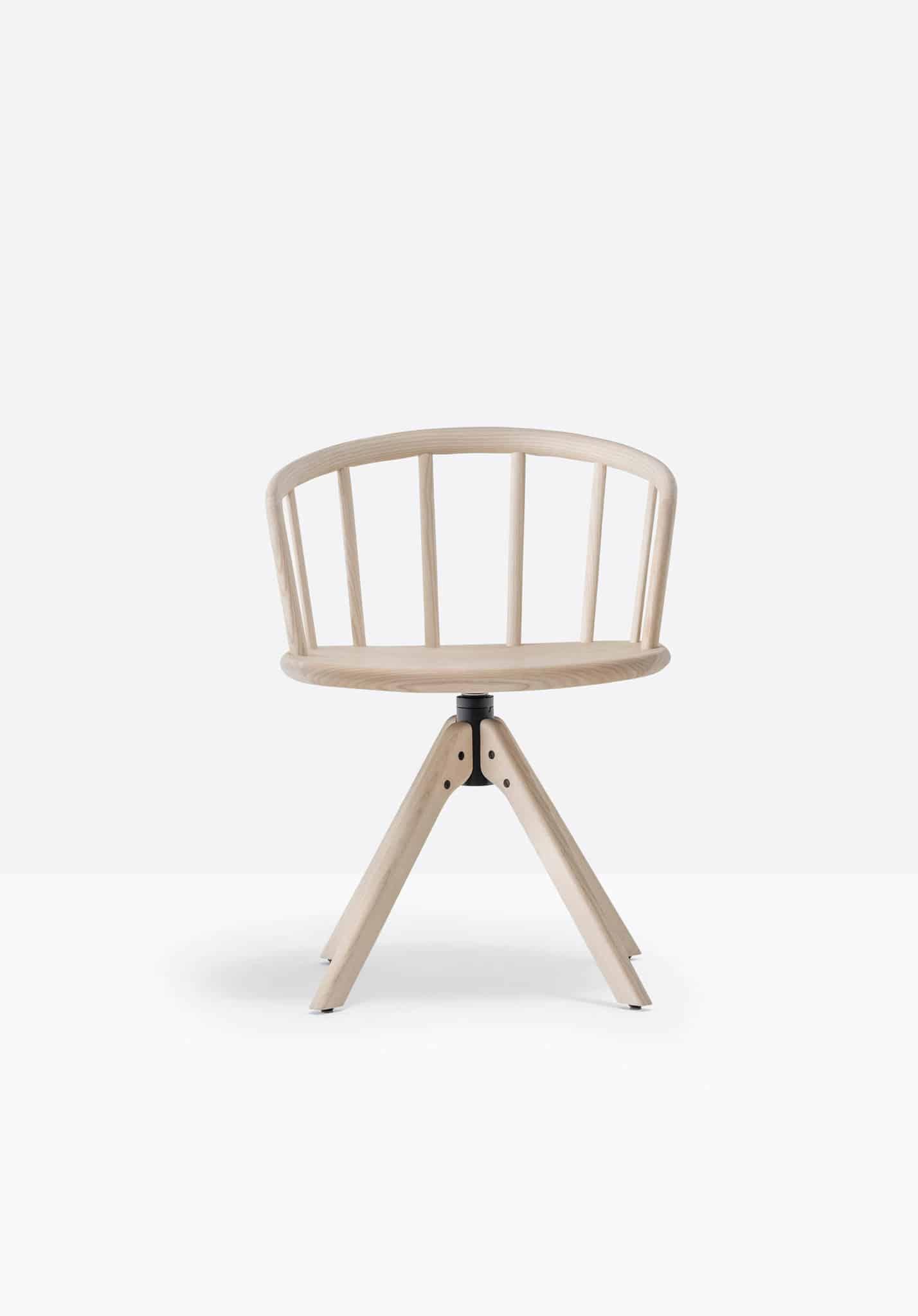 PEDRALI NYM 2845 fauteuil bois pivotant