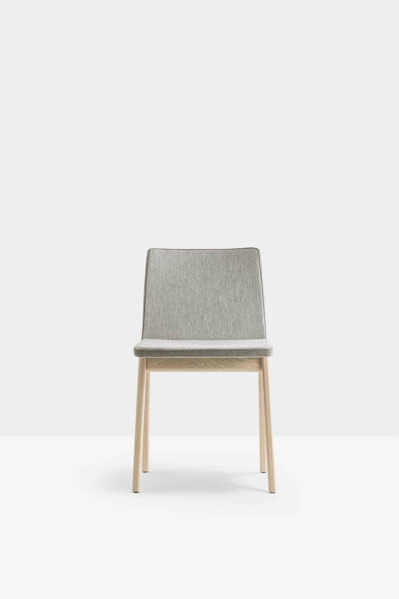 PEDRALI OSAKA 2811 chaise bois recouverte de tissu