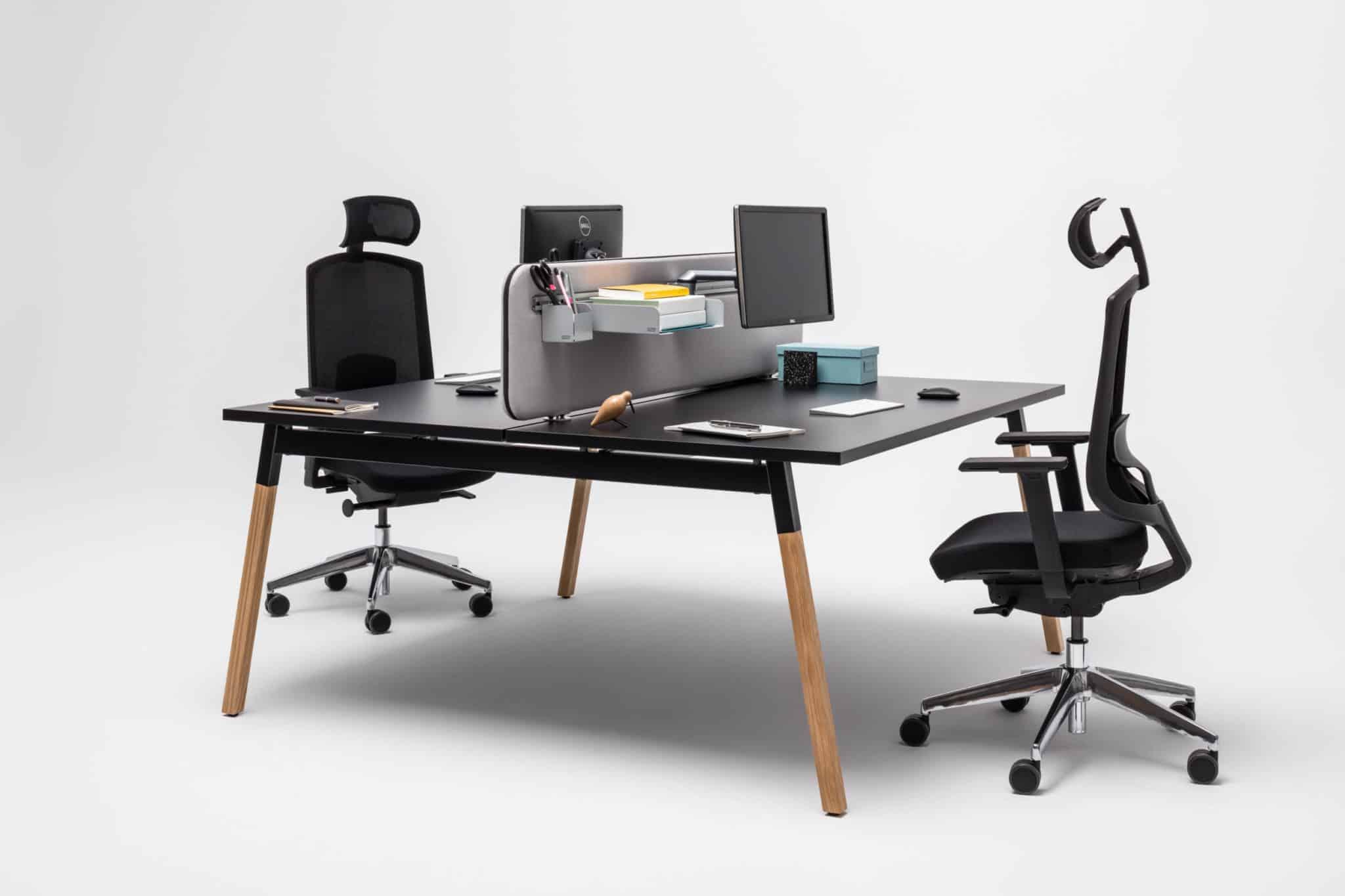 MDD OGI W plan de travail bench noir piétement bois   avec cloi