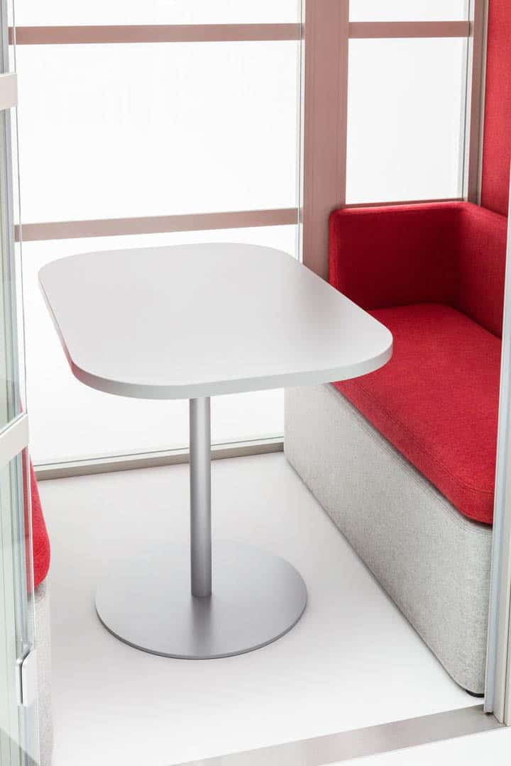 mdd table pour cabine acoustic-pod-Hako.jpg